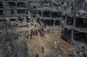 Las milicias palestinas, por su parte, lanzaron unos 4,400 cohetes hacia Israel.