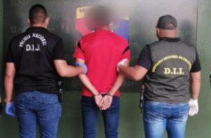 El sospechoso fue detenido por unidades de la DIJ. Foto: Mayra Madrid.