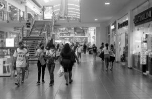 Un adecuado sistema de pensiones tiene tres funciones básicas: suavizar el consumo en el tiempo, asegurar al participante frente a los riesgos sociales y evitar la pobreza de los adultos mayores. Foto: Víctor Arosemena. Epasa.