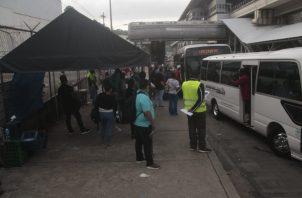 Las primeras paradas serán instaladas en el tramo de la Transístmica que fue ampliado a seis carriles, de Plaza Ágora a San Isidro. Foto: Víctor Arosemena