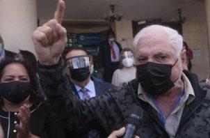 Ricardo Martinelli denunció en las redes sociales que la jueza Elkis Martínez, es hija del exdiputado Juvenal Martínez, a quien expulsó de Cambio Democrático.