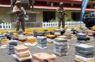 Decomisan 516 paquetes de droga procedentes de Perú y con destino a Bélgica. Foto: Cortesía