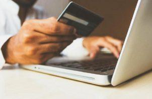 Es importante llevar su tarjeta de crédito a todos lados. Foto: Ilustrativa / Pixabay