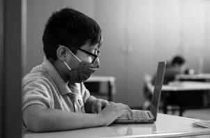 Los colegios públicos no están preparados para asumir las enseñanzas requeridas para los retos de la modernización del país y del futuro. Carencia de un internet de calidad y velocidad. Foto: EFE.