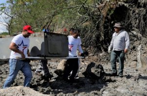 La cantidad de basura que llega a las playas no ha disminuido en los últimos años. Foto: Cortesía MiAmbiente