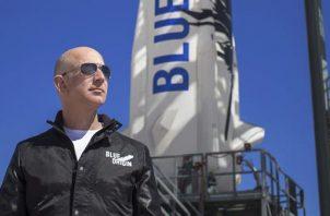 Una foto sin fecha facilitada por Blue Origin muestra al fundador de Blue Origin, Jeff Bezos. Foto:EFE