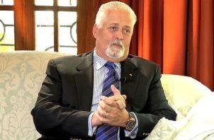 Ernesto Pérez Balladares dijo que se ha creado un bochinche en torno a su vacunación contra la covid-19. Foto: Grupo Epasa