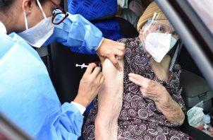 La vacuna de AstraZeneca contra la covid-19 se viene aplicando en Panamá desde el pasado 22 de abril. Foto: Cortesía Minsa