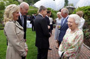 La reina Isabel II recibió al presidente de los Estados Unidos, Joe Biden, y su esposa, Jill. Foto: EFE
