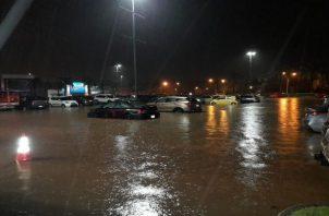 Las provincias, de Panamá, Panamá Oeste, Chiriquí, Coclé y Colón registraron afectaciones por las fuertes lluvias, según el Sinaproc. Foto: Cortesía Tráfico Panamá