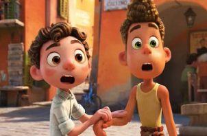 Luca es un chico tímido, pero cuando conoce a su nuevo amigo Alberto, emprende una aventura. Foto: Cortesía
