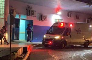 La menor, que fue herida en el estómago, fue llevada al complejo hospitalario Dr. Manuel Amador Guerrero. Foto Diomedes Sánchez
