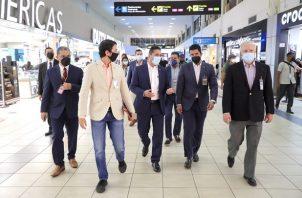 En el recorrido también se conoció la atención que se le ofrece al viajero en el Aeropuerto Internacional de Tocumen. Foto: Cortesía @tocumenaero