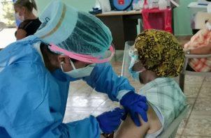Las vacunas que se aplican en Panamá usan una plataforma de ARN mensajero. Foto: Cortesía Minsa