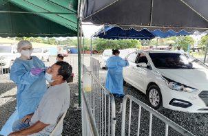 Las autoridades de salud precisaron que reforzarán los equipos de trazabilidad, además realizarán barridos en las áreas más afectadas. Foto: Thays Domínguez