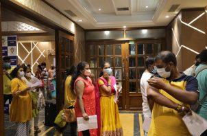 Centro de vacunación en Calcuta, India. Foto: EFE