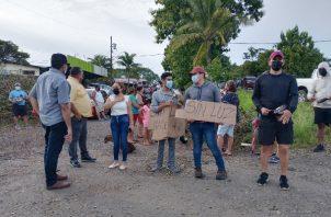 Los manifestantes aseguran haber interpuesto sus reclamos vía telefónica y en las oficinas regionales de la firma Naturgy Panamá. Foto: Eric Montenegro