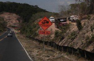 El impacto ambiental ocasionado por el ensanche de la vía, fue bastante visible y provocó protestas de residentes del área canalera. Foto: Archivo