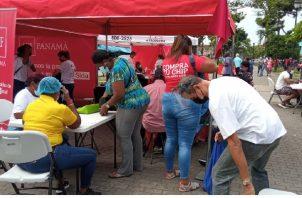 El personal de la Clínica AntiRetroviral de la región de Salud y de Promoción de la Salud orientaron a la ciudadanía sobre esta enfermedad. Foto: Diomedes Sánchez