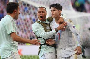 España se recuperó luego de ir por debajo del marcador por un increíble autogol. Foto: EFE