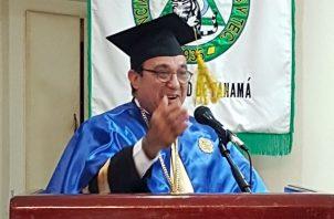 Eduardo Flores agredeció a los estudiantes que votaron en medio de la pandemia. Foto: Cortesía UP Informa