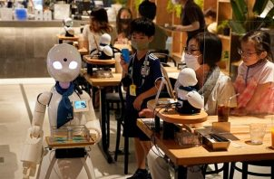 OriHime-D no es un robot controlado por inteligencia artificial.