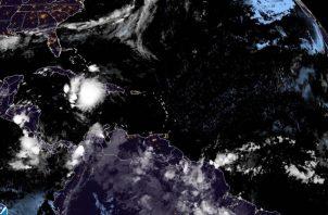 Ubicación de la tormenta tropical Elsa entre Haití y Jamaica, la Oficina Nacional de Administración Oceánica y Atmosférica (NOAA). Foto: EFE