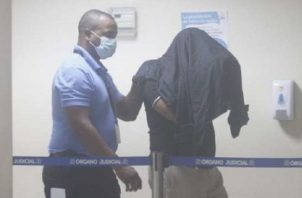 Hasta la fecha hay una persona detenida por el tema de la vacunación clandestina en Coco del Mar. Archivo