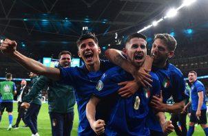 Italia extiende su racha sin perder a 33 partidos y espera rival para la gran final. Foto: EFE