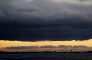 Vista panorámica de La Habana, durante el paso de la tormenta tropical Elsa por Cuba. EFE
