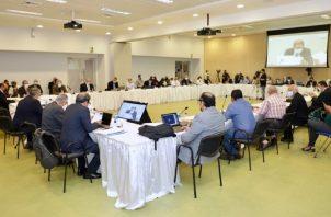Por ahora, la mesa plenaria se mantendrá con 22 miembros de 27 que fueron convocados por el Gobierno y la Administración de la CSS. Foto: Cortesía CSS