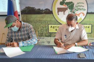 El acuerdo de cooperación fue firmado en la ciudad de Santiago, provincia de Veraguas. Foto: Cortesía Mida