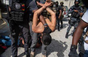 La Policía Haitiana confirmó la identidad de los 19 detenidos, tras magnicidio. Foto: EFE