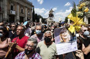 El funeral de Raffaella Carrà en la iglesia de Santa Maria in Ara Coeli de Roma. Foto: EFE / EPA / ANGELO CARCONI