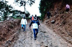 La empresa ININCO, S.A que ejecuta los trabajos en Cerro Silla de Pando, trabajará en horarios extendidos. Foto: Mayra Madrid