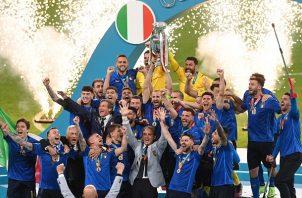 La selección italiana se proyecta como un equipo sólido en todas sus líneas. Foto Cortesía: @EURO2020