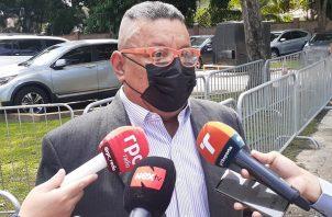 Justino González pidió la separación inmediata del doctor José Pachar. Foto: Víctor Arosemena