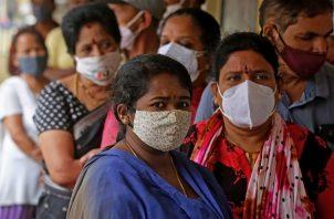 La India es uno de los países más golpeados por la pandemia de la covid-19. Foto: EFE