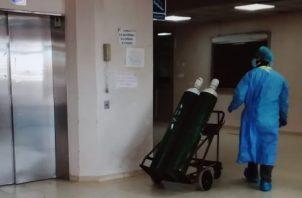 No se descarta la posibilidad de abrir nuevas salas de hospitalización. Foto: Eric A. Montenegro