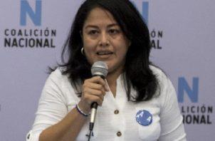 La excarcelada opositora Ivania Álvarez abandonó Nicaragua. Foto: EFE
