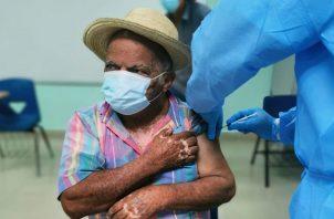 La vacunación contra la covid-19- empezó en enero de este año en Panamá. Foto: Cortesía Minsa