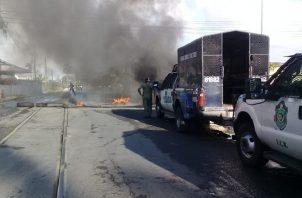 Los grupos organizados de Colón han salido a las calles para protestar exigiendo plazas de trabajo. Foto: Diomedes Sánchez