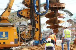 Continúan los trabajos preliminares, como son: estudios geotécnicos o de suelo. Foto: El Metro de Panamá