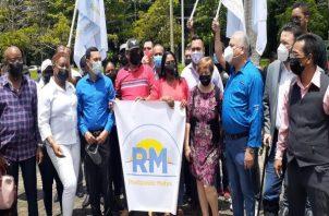 La exalcaldesa de Chagres Yinela Ábrego junto a 170 dirigentes de la Costa Abajo de Colón. Foto: Víctor Arosemena