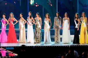 Las diez semifinalistas en el 57º Certamen Anual de Miss Universo celebrado en el Centro de Convenciones de la Corona en Nha Trang, Vietnam. Foto: Archivo / EFE