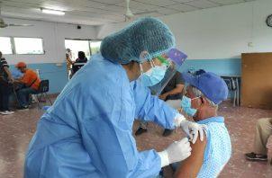 El número de casos de covid-19 está disminuyendo en la provincia de Chiriquí. Sin embargo, urge la necesidad para que la población joven pueda vacunarse. Foto: José Vásquez