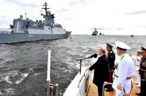 El jefe El Jefe del Kremlin se refirió a las armas hipersónicas de alta precisión que sigue perfeccionando Rusia. Foto: EFE