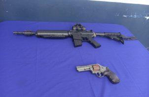 En el operativo se incautaron armas de fuego. Foto: Eric A. Montenegro