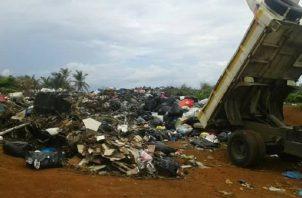 La recolección y disposición de la basura son un problema en varios municipios del país. Foto: Archivo