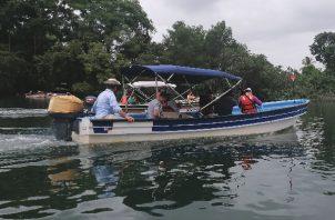 Los dueños de botes y lanchas, que se dedican a transportar a los turistas, señalan que la economía ha empezado a mejorar para ellos. Foto: Thays Domínguez